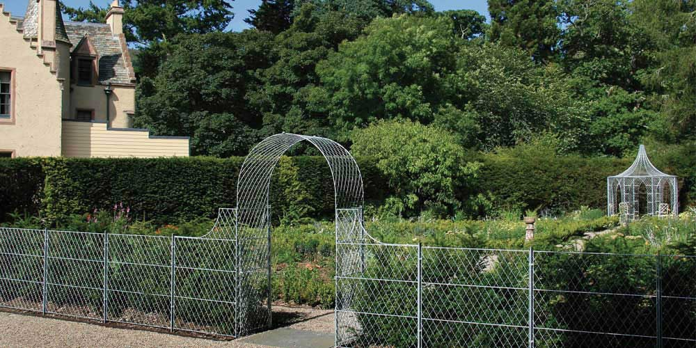 Arch-with-Trellis-Fence-Panels