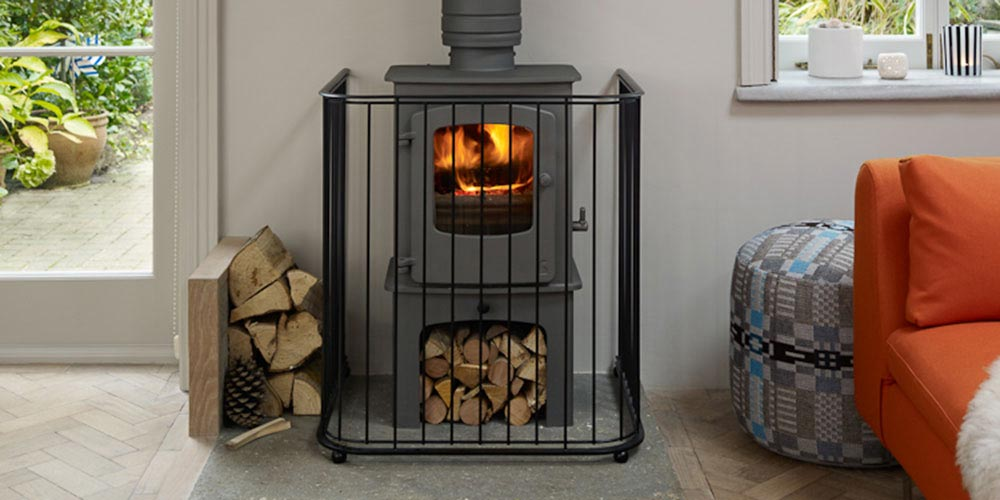 Contemporary-guard-for-log-burner