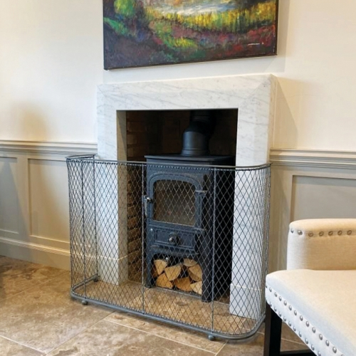 Bespoke fireguard with stove