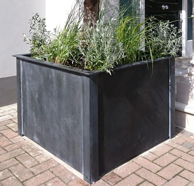 Square-zinc-planter