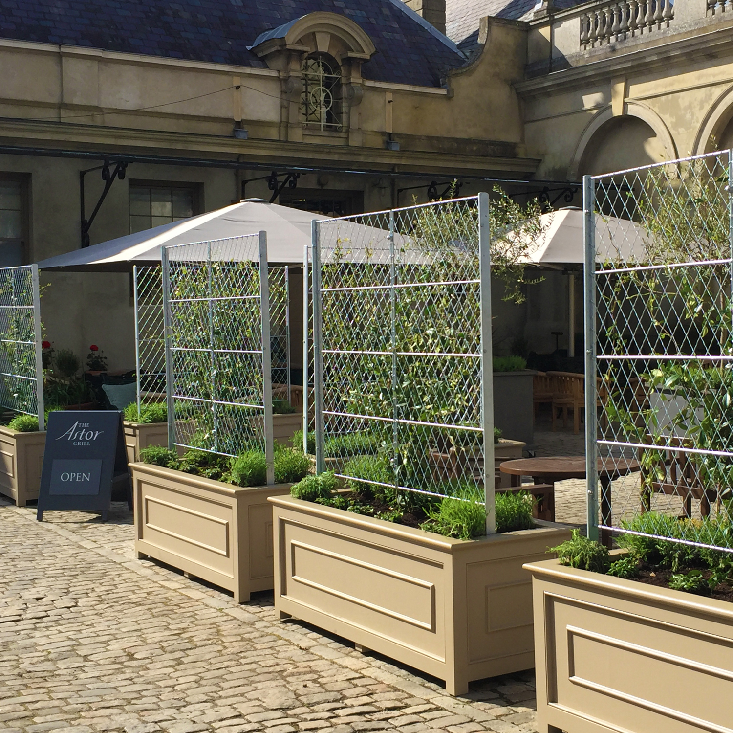 Trellis panels & trough