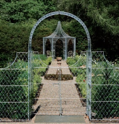Zinc galvanized arch with double gates aldouire castle